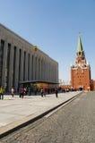 Dentro do Kremlin de Moscou, Moscou, cidade federal do russo, Federação Russa, Rússia imagens de stock royalty free