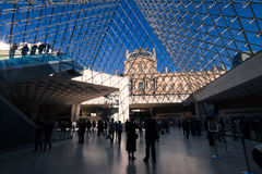 Dentro do Louvre, Paris Foto de Stock
