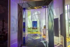 Dentro do quadro de Dubai fotografia de stock royalty free