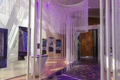 Dentro do quadro de Dubai imagem de stock royalty free