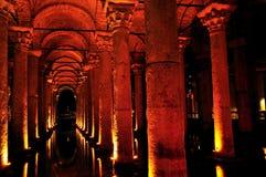 Dentro do reservatório da basílica, Istambul, Turquia Fotografia de Stock