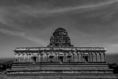 Dentro il tempio di Vitala - fine monocromatica su immagine stock
