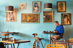 Dentro Kush Coffee Shop, il Nelson, Nuova Zelanda Fotografie Stock