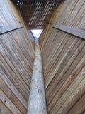 Dentro la torre rampicante Immagini Stock