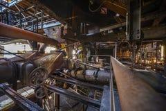 Dentro la vecchia fabbrica Immagini Stock Libere da Diritti