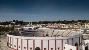 Dentro la vista del quadrato dei tori in Coruche, il Portogallo fotografie stock