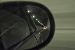 Dentro un tunnel in una strada principale Immagini Stock