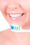 Dents blanchissant. Soin dentaire Images libres de droits