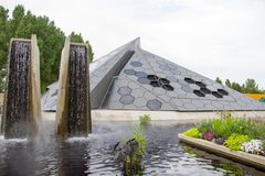 Denver Botanical Gardens Science Pyramid stock afbeelding