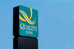 Logo of the Quality Inn Hotel and Suites in Denver, Colorado. Denver, CO, USA - August, 2017: Logo of the Quality Inn Hotel and Suites in Denver, Colorado, copy royalty free stock photos