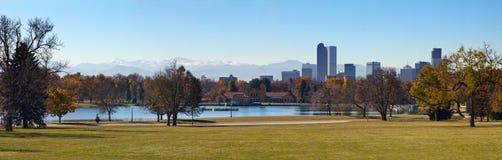 Denver Colorado - parco della città nella caduta fotografia stock
