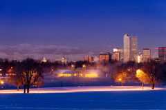 Denver Colorado Skyline im Schnee im Februar 2013 Stockfotos
