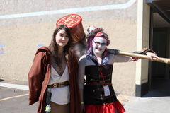 Denver, Colorado, U.S.A. - 1° luglio 2017: Cavaliere e Harley Quinn di Jedi a Denver Comic Con immagine stock