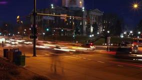 Denver Rush Hour bij het Capitool van de Staat van Colorado stock footage