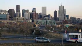Denver Skyline com tráfego filme