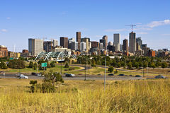 Denver-Skyline vom Westen Stockbilder
