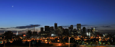 Denver Sunrise City Skyline stockbilder