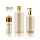Deodorant, shampoo, lichaamscrèmefles Stock Foto's