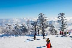 DEOGYUSAN KOREA, STYCZEŃ, - 23: Turyści bierze fotografie Obrazy Royalty Free