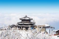 DEOGYUSAN KOREA, STYCZEŃ, - 23: Turyści bierze fotografie Fotografia Stock