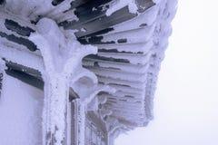 Deogyusan wird durch Schnee und Morgennebel im Winter, Südkorea bedeckt Stockfoto