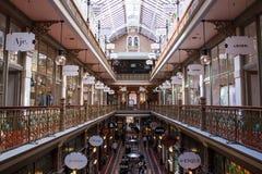 Deoration intérieur classique dans le brin Arcade Building Images libres de droits