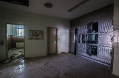 depósito de cadáveres del hospital fotos de archivo