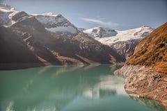 Depósito de la mucha altitud de Mooserboden, cerca de Kaprun - Zell ve, Austria Fotos de archivo libres de regalías
