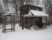 Depósito de lenha do inverno fotos de stock