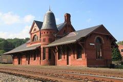 Depósito de tren de la pequeña ciudad foto de archivo libre de regalías