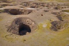 Depósito del azufre de Yelow en el volcán activo, Grecia, isla de Nisyros imagen de archivo
