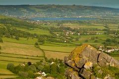 Depósito del Cheddar visto del pico Somerset del ladrón imagenes de archivo
