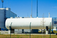 Depósitos de gas grandes Imagen de archivo