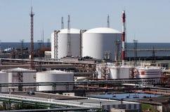 Depósitos de gasolina fotografia de stock royalty free