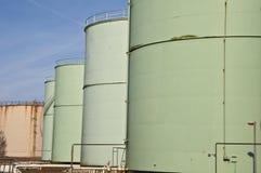 depósitos de gasolina químicos de la aviación del combustible de petróleo Imágenes de archivo libres de regalías