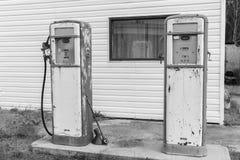 Depósitos de gasolina retros Fotos de archivo