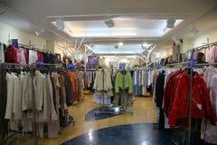 Departamento da roupa superior imagens de stock royalty free