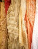 Departamento de las telas de seda en Tel Aviv Imagen de archivo libre de regalías