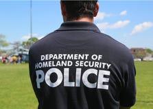 Departamento de Policías de Seguridad de patria que proporcionan seguridad durante la semana 2014 de la flota Fotografía de archivo