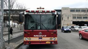 Departamento dos bombeiros estacionado Major Response Emergency Vehicle Fotografia de Stock