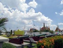 Departement av försvar och tusen dollarslotten, Bangkok, Thailand Fotografering för Bildbyråer