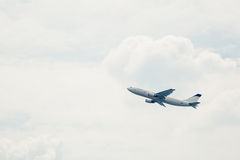 Departure of an aircraft Royalty Free Stock Photos