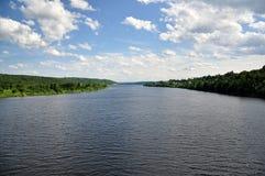 deponować pieniądze rzekę zdjęcie royalty free