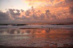 deponować pieniądze zewnętrznego wschód słońca Zdjęcie Royalty Free