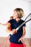 Deporte de la raqueta de calabaza en gimnasia, competición de las mujeres Imagen de archivo libre de regalías