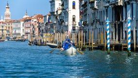 Deporte en los canales de Venecia, Italia Foto de archivo
