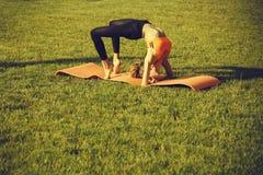 Deporte y yoga imagenes de archivo