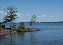 Deportes acuáticos en el lago Fotografía de archivo