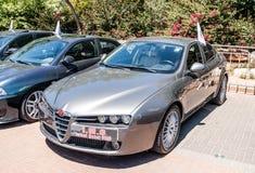 Deportes Alfa Romeo en una exposición de coches viejos en la ciudad de Karmiel Imagen de archivo libre de regalías