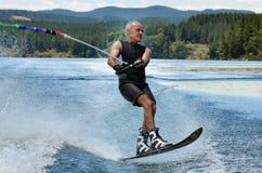 Deportes de agua - esquí acuático imagen de archivo libre de regalías